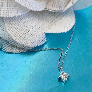 κολιέ-με-διαμάντι
